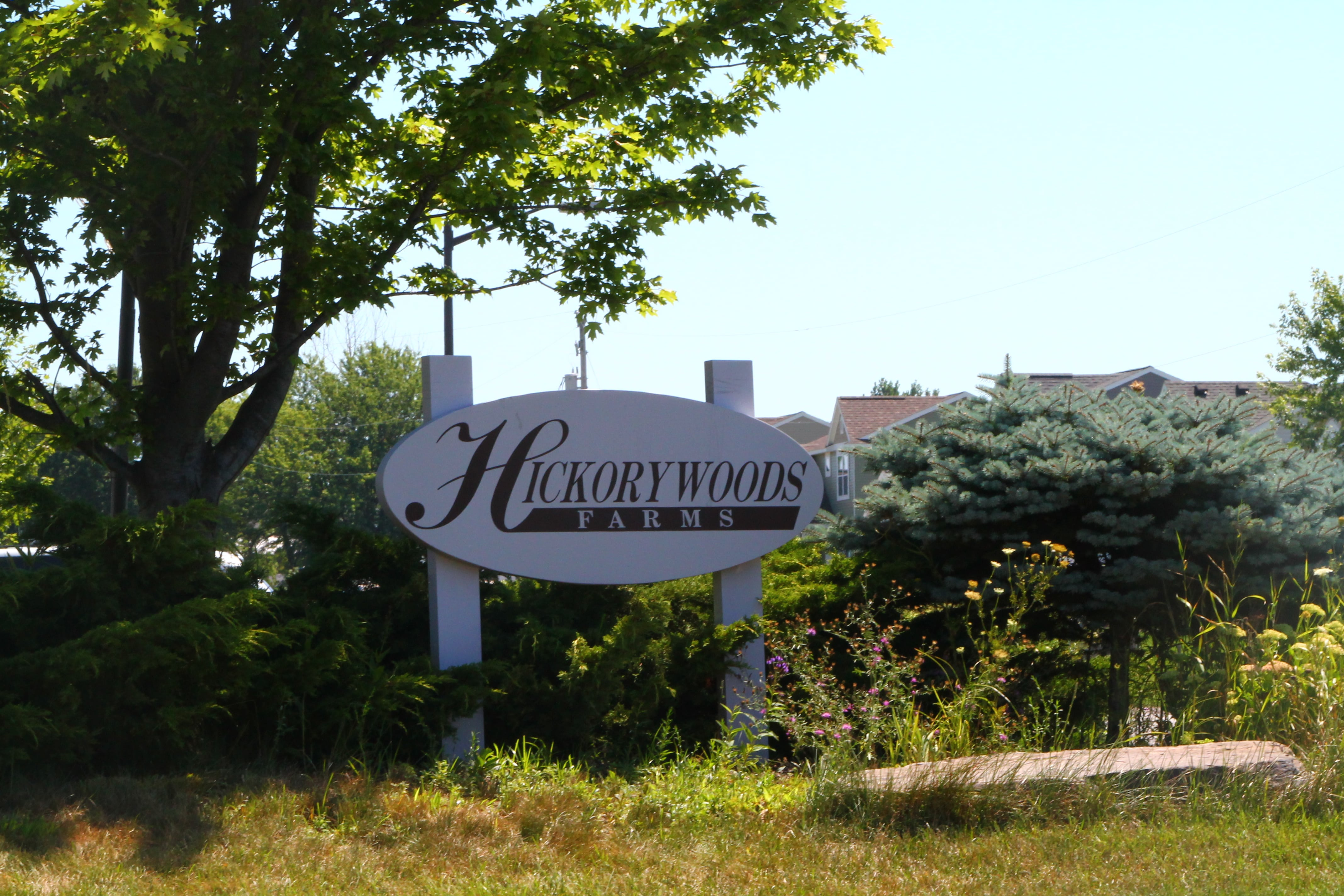 Entrance Sign of Hickory Woods Farms